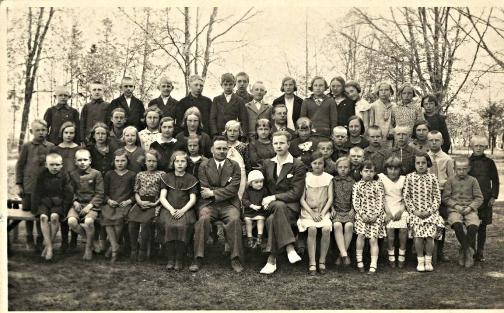 Tori algkooli üldpilt 1935.a. kevadel
